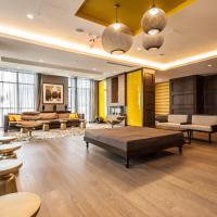 Loft - Entertainment & Financial District