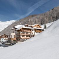Burghotel Alpenglühn, hotel in Obergurgl