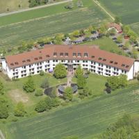 Tagungs- und Bildungszentrum Steinbach/Taunus, hotel in Steinbach im Taunus