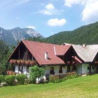 Turistična Kmetija Zgornji Zavratnik, hotel in Luče