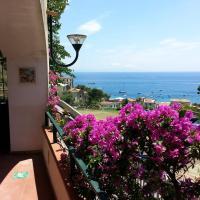Casa Vacanze Bouganvillea, hotel in Cetara