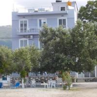 Hotel Prinos, готель у місті Прінос
