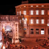 Boutique Suites Joyce, hotel in Pula