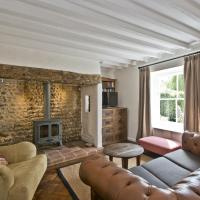 Japonica Cottage, hotel in East Rudham