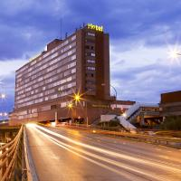Hotel Chamartin The One, hotel in Madrid