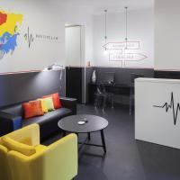 Hostel 1W, hotel in Rijeka