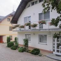 Apartment Sobe Ravbar, hotel in Novo Mesto