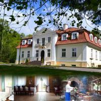 Hotel Księżycowy Dworek – hotel w mieście Kętrzyn