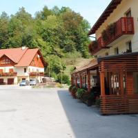 Pri Vidrgarju, hotel in Vače