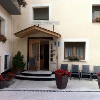 Hotel Jaume, hotel in Alp