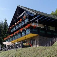 Pod Orehi Guest House, hotel in Loče pri Poljčanah