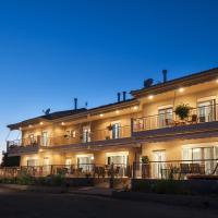 4 Seasons Villas, hotel in Plataria