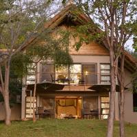 Victoria Falls Safari Suites, hôtel à Victoria Falls