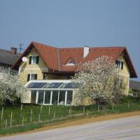 Gästehaus Haagen, Hotel in Bad Waltersdorf
