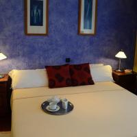 Hotel Tikar, hotel in Garrucha