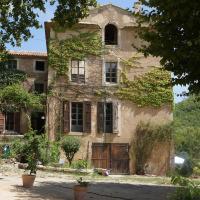 Parenthèse en Luberon, hôtel à Rustrel
