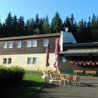 Chata Lesanka, отель в Яхимове