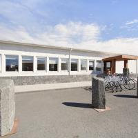 KEF Guesthouse by Keflavík airport