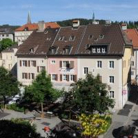 Chez Gilles hôtel resto bar SA, hotel in La Chaux-de-Fonds