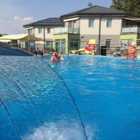 Wellness Pension Inovec & Apartment Houses, hotel en Jalšové