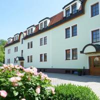 Pension Sprinzl, hotel in Schwechat