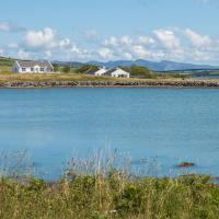 Doherty Farm Holiday Homes, hotel in Downings