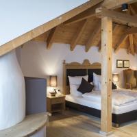Hotel Acadia - Adults Mountain Home, отель в Сельва-ди-Валь-Гардена