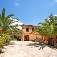 Casale Romano Resort e Relais, hotell i Motta Camastra