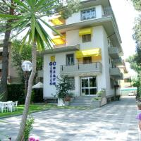 Hotel Giulio Cesare, hotell i Cinquale