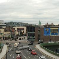 39 Camden Wharf, hotel near Cork Airport - ORK, Cork