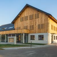 Hotel Naturum, hotel in Milicz