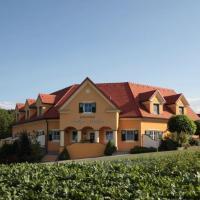Ferienhof Uhudler-Arkaden, hotel in Stegersbach