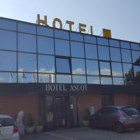 Hotel Ascot, hotell i Binasco