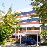 Sichang Shine Khao Resort, hotel in Ko Si Chang