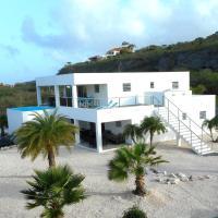 Villa Curacao, hotel in Willibrordus