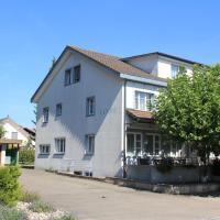 Hotel Linde、Dettighofenのホテル