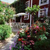 Garvaregården Hotel , B&B och Café