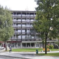 Grajski Dvor, hotel in Radovljica