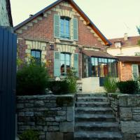 Fab House - Les Maisons Fabuleuses, hotel en Senlis