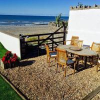 Superb Cintra Beachside Apartments