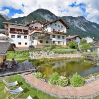 Hotel Traube, Hotel in Pettneu am Arlberg