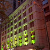 Courtyard by Marriott Chicago Downtown/River North, hotel sa Chicago
