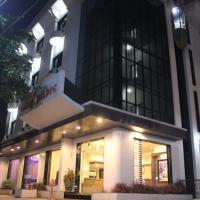 Hotel Laxmi Palace, hotel in Shirdi
