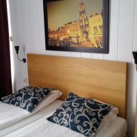 Hotel Holland Lodge, хотел в Утрехт