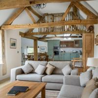 Groves Barn at Norton Grounds, hotel in Chipping Campden
