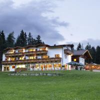 Familienhotel Moos-Alm, Hotel in Lienz