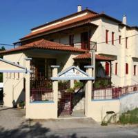Hotel Kavouris, hotel in Skopelos Town
