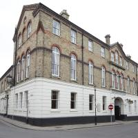 George Hotel by Greene King Inns, hotel in Huntingdon