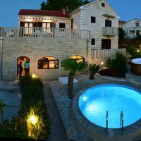 Apartments Villa Beau Rivage, hotel in Splitska