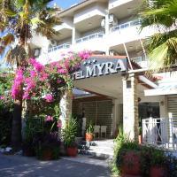 Myra Hotel, отель в Мармарисе
